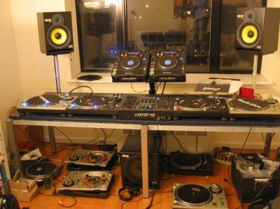 Como crear una cabina profesional con muebles de ikea t cnicas dj p gina 2 hispasonic - Muebles para equipos de musica ikea ...