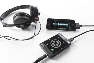 TRAKTOR_AUDIO_2_setup_iphone_L.jpg