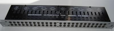 behringer-ultrapatch-pro-px2000-802427.jpg