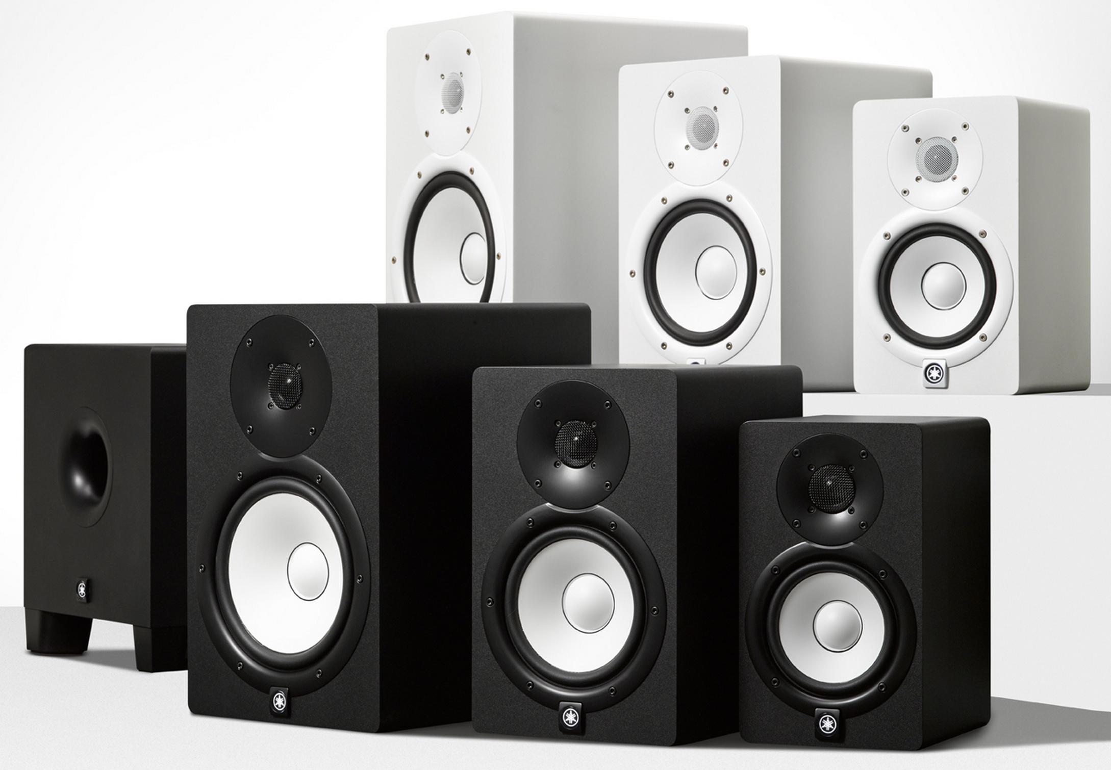 Comparativa de monitores yamaha hs5 hs7 y hs8 hispasonic for Yamaha hs5 no bass