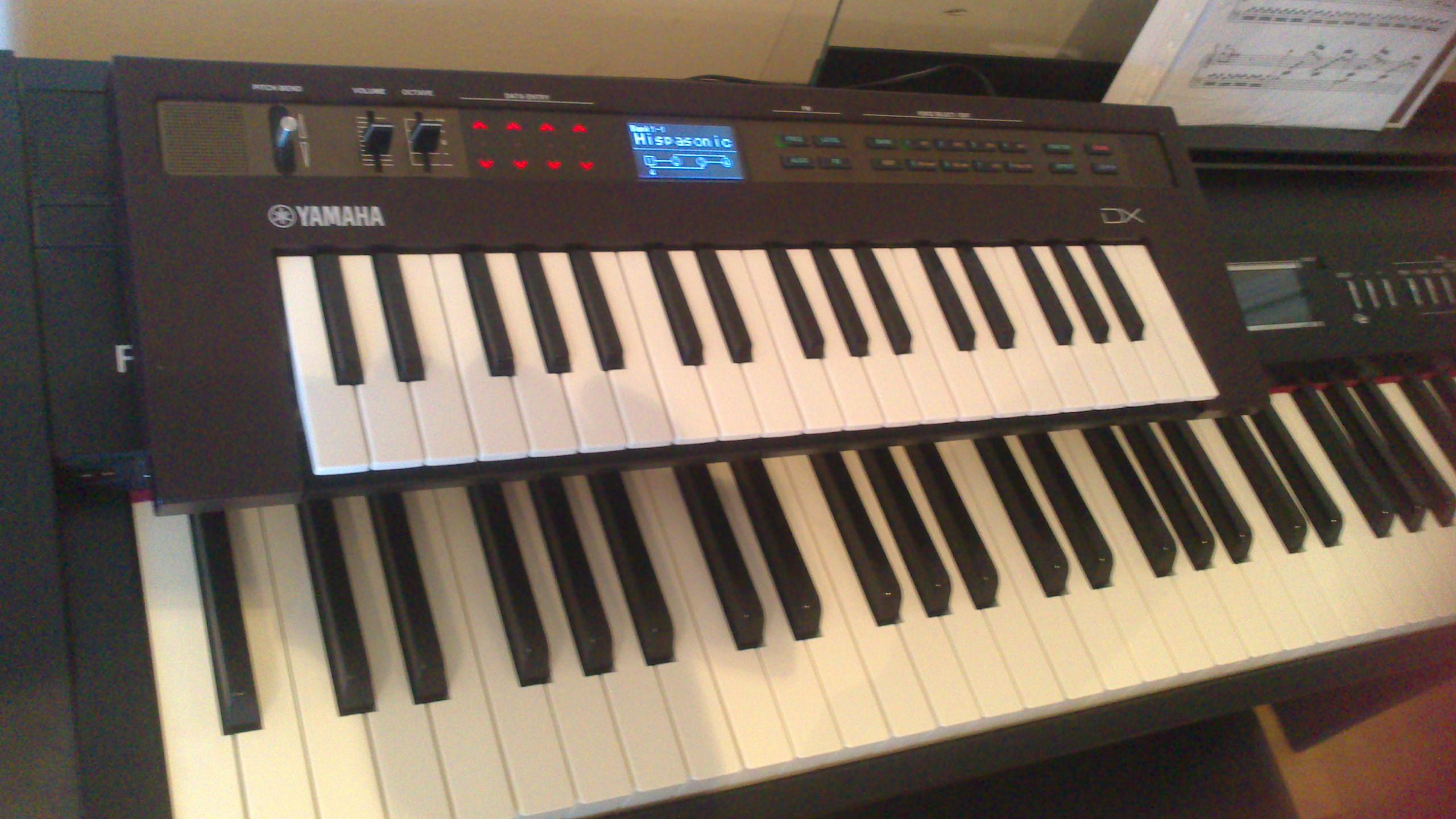 Probamos el Yamaha Reface DX | Hispasonic