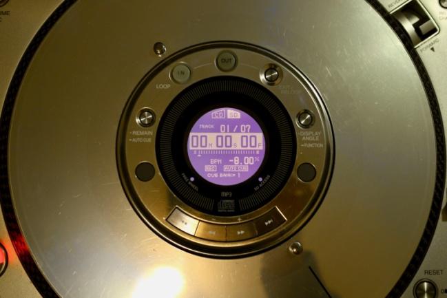 plattersldz-649x433.jpg