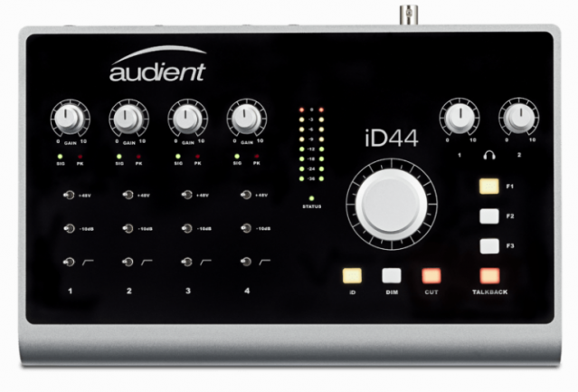 Audient iD44 frontal