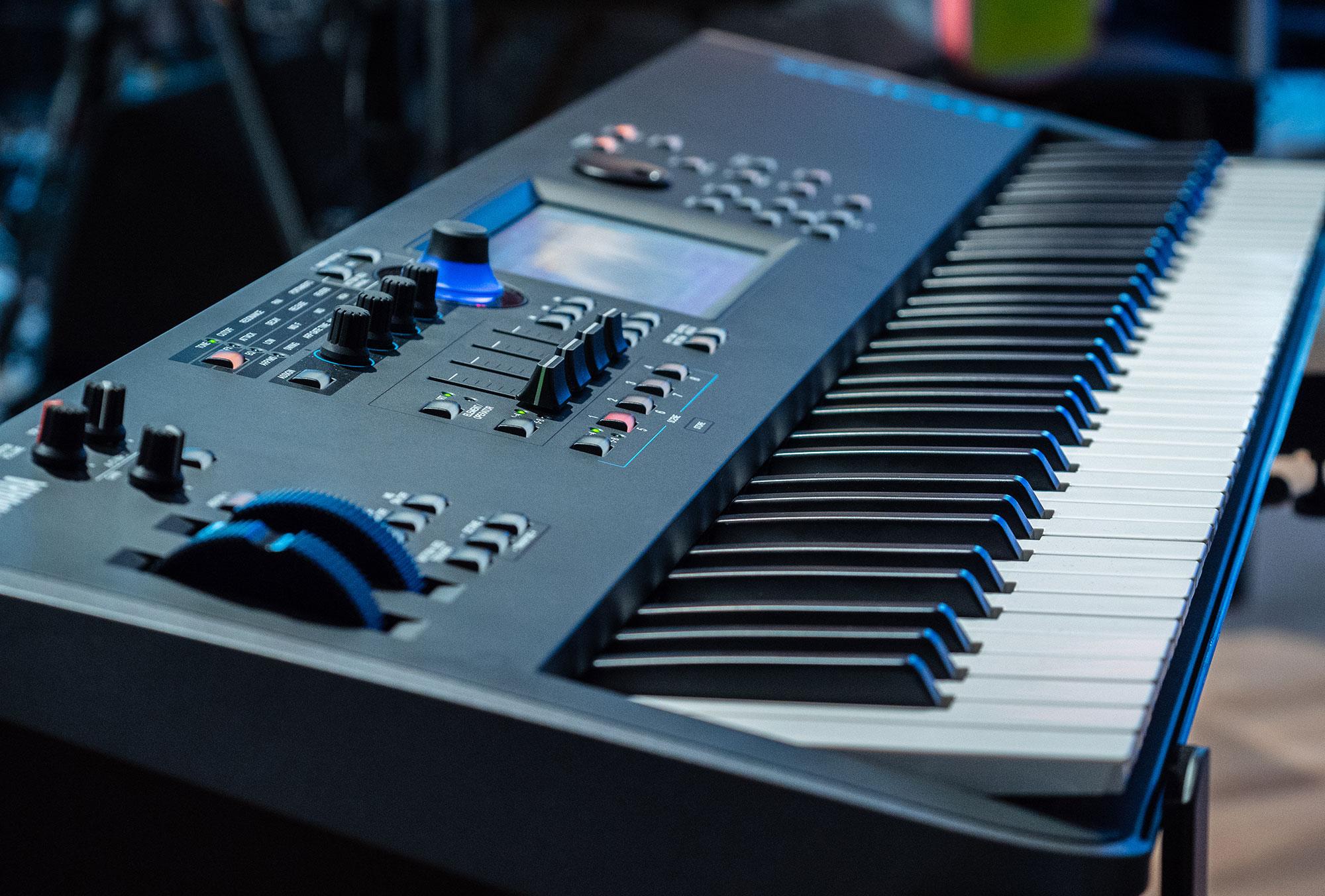 Yamaha Modx El Sonido De Montage En Una Gama M 225 S
