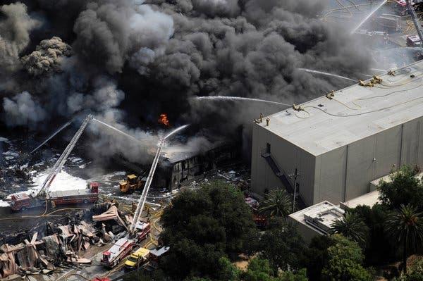 Una de las imágenes del incendio publicadas en NYT