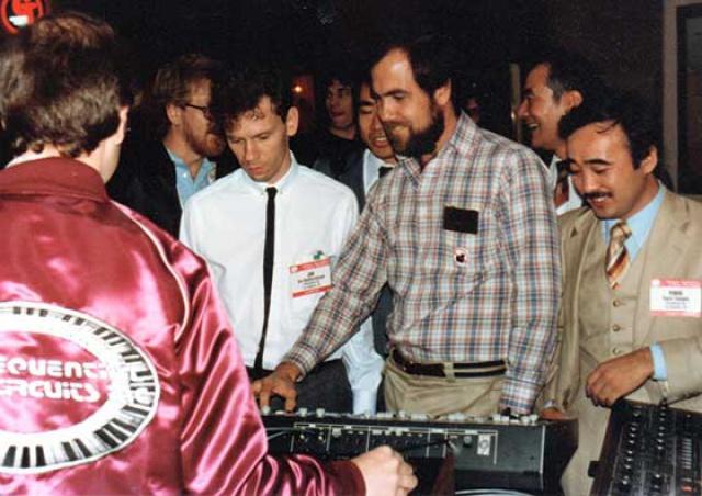 El MIDI se presenta en el NAMM Show de 1983