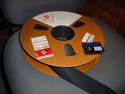 250px-2-inch_quad_tape_reel_with_minidv_