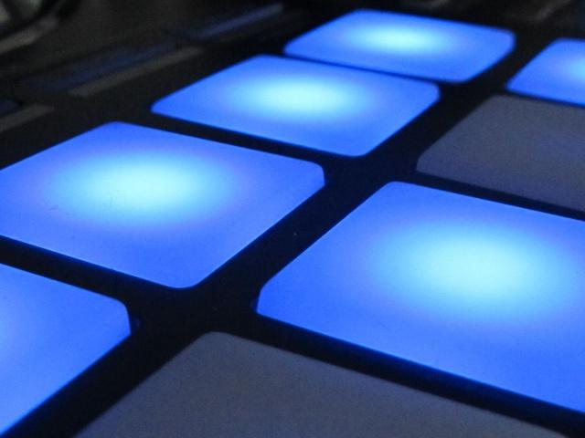 Pioneer DDJ-SX pads