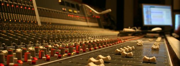 Blackwaves Estudios
