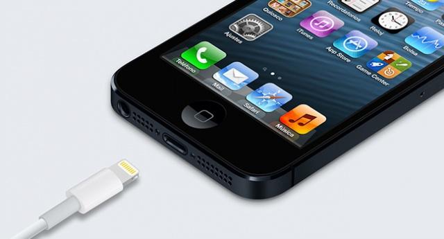 Lightning iPhone 5