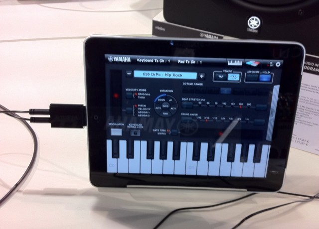 Yamaha i-MX1 iPad