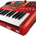 Akai MAX25, compacto controlador MIDI/CV