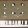Therevox ET-4, un theremin con teclado y MIDI sobre USB