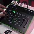 Demo del procesador vocal Roland VT-3