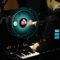 Behringer DeepMind 12 controlable con hologramas vía realidad virtual y aumentada
