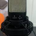 Warm Audio WA-14, un clon del clásico micrófono AKG C414