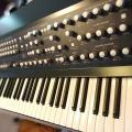 The River, sintetizador polifónico basado en Moog The Source