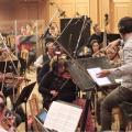 Orquesta real y librerías de sonidos, frente a frente