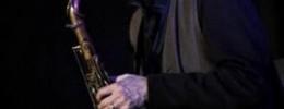 Espectador denuncia a músico de Jazz por no tocar Jazz