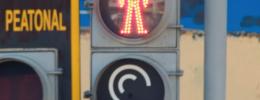 Poesía aural como inclusión de invidentes en los semáforos sonoros de Félix Blume