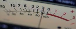 Presión sonora y sonoridad (II): valor RMS, vúmetros y picómetros