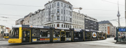 Metros y tranvías vestidos de cajas de ritmo y un secuenciador gigante en Berlín