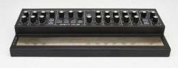 Stylophone Gen R-8, el sinte analógico de bolsillo agrega conexión modular