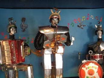 El robot violinista y sus colegas
