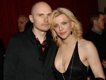 Billy Corgan y Courney Love amantes y guerreros