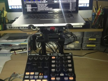 Set Traktor X1 + F1 + Audio 2 sin mixer