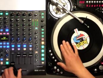 """El truco del scratch """"polifónico"""" de DJ Woody"""