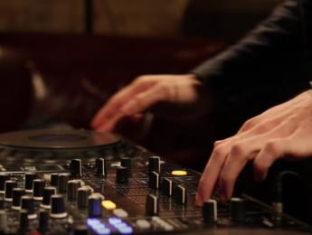 En 2016, tu matrícula de DJ profesional viene con regalo