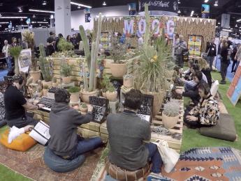 El estand de Moog en el NAMM Show: sintetizadores, cactus y psicodelia