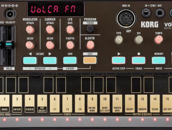 Korg Volca FM más cerca