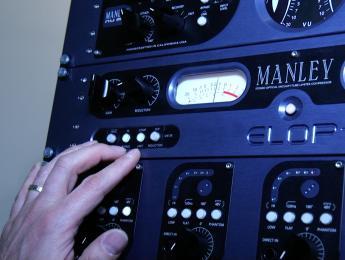 Nu Mu y ELOP+, lo último de Manley para el estudio de grabación