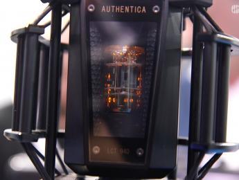 Lewitt LCT 940 combina válvula y FET en el mismo micrófono