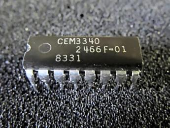 """On Chip resucita el integrado CEM3340: ¿regresarán las """"polybeasts""""?"""