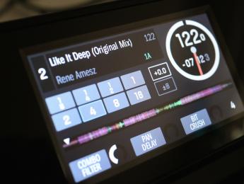 Review de Numark Dashboard, las pantallas de Serato DJ