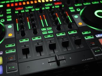 Roland DJ-808 & Boutique Tour con Nacho Marco
