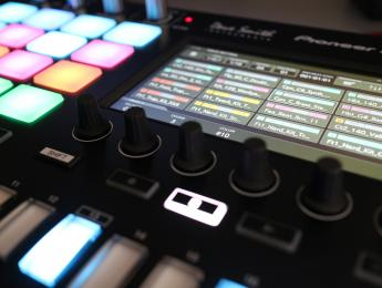 Toraiz SP-16: probamos a fondo el sampler de Pioneer DJ