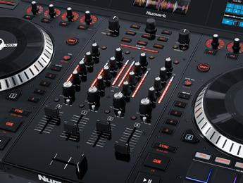 Conociendo el mezclador, efectos y pads MPC del Numark NS7III