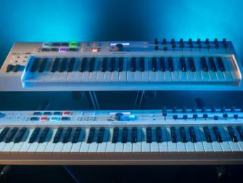Arturia KeyLab Essential, teclados de control MIDI a coste reducido