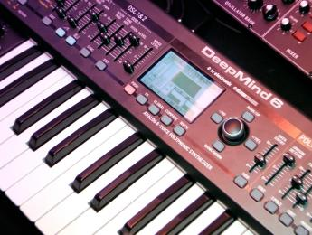 Behringer DeepMind 6: primer contacto y demo de sonido