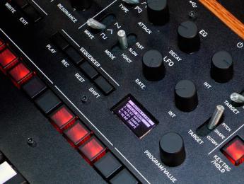 Korg Monologue: primer contacto y demo de sonido