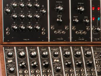 El Moog Synthesizer IIIc renace en una serie limitada de precio estratosférico