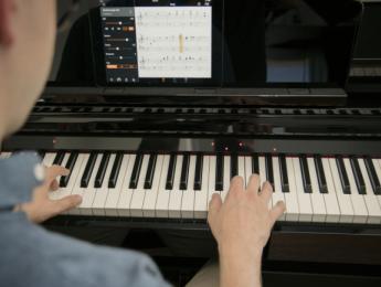 Yamaha CSP, pianos Clavinova controlados por tablet o smartphone
