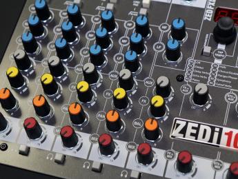Review de Allen & Heath ZEDi-10FX, una mesa compacta y versátil