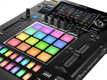 Pioneer DJS-1000, la adaptación del Toraiz SP-16 a la cabina del DJ