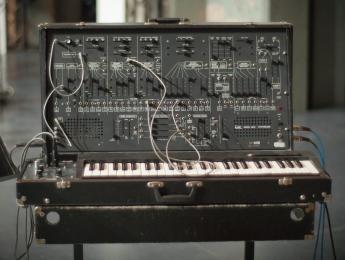 Los manuales del mítico sintetizador ARP 2600, traducidos al español