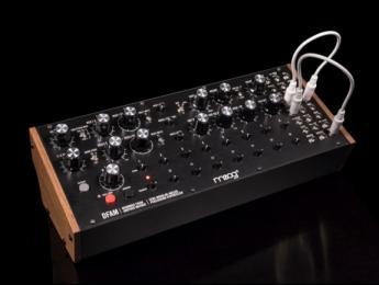 Moog DFAM, el sinte semimodular para ritmos que nació en el Moogfest